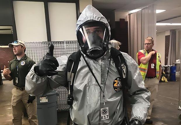 El equipo de emergencias de Desert Springs Hospital recibe capacitación de preparación ante desastres en Alabama
